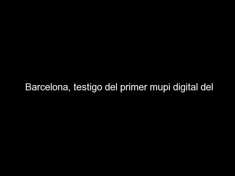 barcelona testigo del primer mupi digital del mundo con purificacion de aire 1077 - Barcelona, testigo del primer mupi digital del mundo con purificación de aire